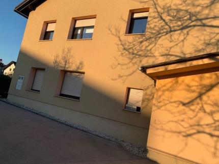 Oddamo tri sobno stanovanje v Ljubljani
